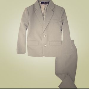 Other - Boys suit size 12-18 months